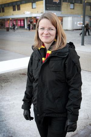 Ann-Charlott Stetten var på hemvändarkvällen i Läkerol Arena i går kväll.– Jag fick en personlig inbjudan. Hur de kan ha koll på oss vet jag inte, jag bor i Stockholm. Nu ska jag shoppa och fördriva tiden lite.