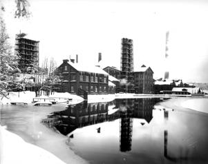 Kopparfors massaindustri i Gästrike-Hammarby. Årtal okänt.