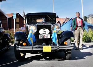 Kenneth Persson från Delsbo deltog med sin Dodge från 1928.