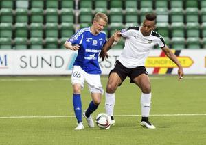 Robert Hammarstedt (här i GIF Sundsvalls tröka) är på gång till Umeå FC.