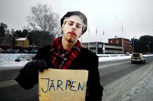 Att lifta till Järpen visade sig gå riktigt bra för LT:s utsända. Resan till och från Östersund tog fyra timmar med fem olika förare. Foto: Patrik  Andersson