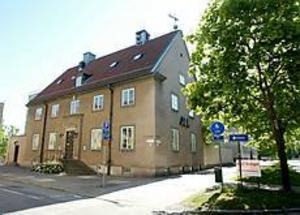 Foto: LASSE HALVARSSON Blir skola? Här på Byggmästargatan 5 vill friskolan Trettiotio starta undervisning till hösten.