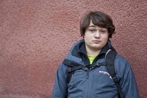 Adrian Bohman Karlholm från Hackås drömmer om att kunna leva på sitt schackspelande.