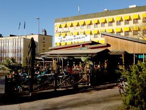 Terrassen har en av Gävles mest välbesökta uteserveringar.