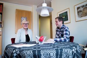 Folktandvårdens tandvårdschef Karin Gunnars Hellgren och personalchef Mikael Svensson hoppas via en omfattande åtgärdsplan för 2017 att kunna locka många tandläkare till Dalarna.