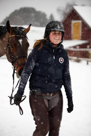 Christelle Hallström har haft hästintresset sedan hon var liten.