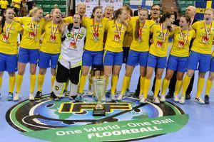 U19-landslaget jublar efter guldet i Kanada.