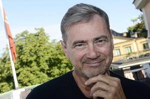 En besviken Christer Björkman kan konstatera att intresset för att vara med i Melodifestivalen håller i sig.