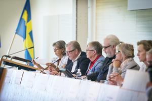 Representanter från samtliga partier i kommunfullmäktige var på plats när frågor om äldreomsorgen debatterades.