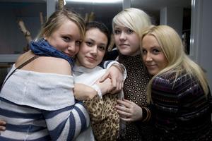 Strike Linna, Sara, Petra och Tiger.