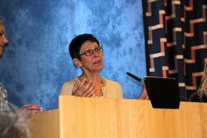 Eva Frosth berättar om arbetet med jämställdheten.