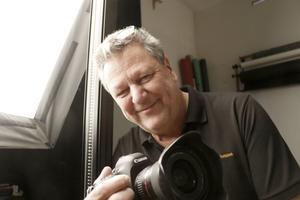 Rolf Karlsson jobbade som pressfotograf hos Bergslagsposten när den enorma vårfloden 1977 slog till.