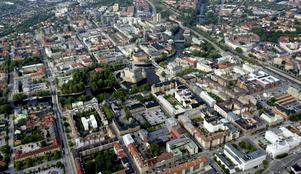Örebro förtätas och sväller i alla riktningar.