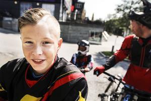 Näst efter cyklingen ser 12-åriga Leo Bergeros fram emot att titta på de som kör parkour nere på Åre strand.