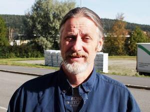 Krister Håkansson (V) tar över i barn- och utbildningsnämnden.