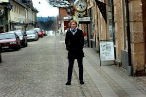 Politiska novisen Anna Magnusson vill ta plats i kommunfullmäktige i Nora.