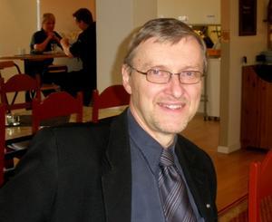 Stefan Sturesson, 73 år, är andra namn på listan för Kristdemokrater för en levande kyrka.  Det är första gången den gruppen ställer upp i kyrkovalet i Västerås. Stefan  Sturesson är företagare och bor på Gideonsberg.