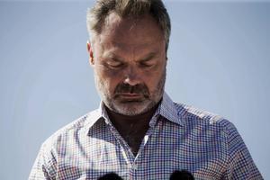 Jan Björklund (FP) förstår inte mjölkböndernas situation.