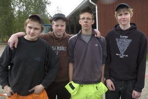 Jonathan Åhs, Johan Halvarsson, Joel Ekström och Kristoffer Pettersson från Nytorp blev tvåa i årets traktor-SM.
