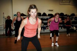 Trivs med jympan. Sara Hällmark tycker att träning är bra för hjärnan.