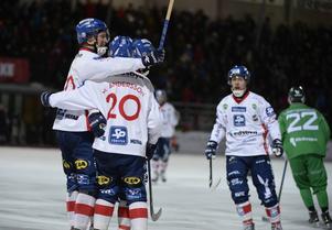 Edsbyn besegrade Hammarby med 5–2 på Zinkensdamm i Stockholm.