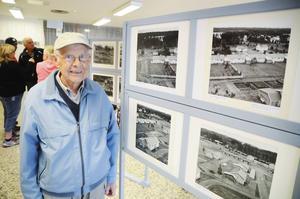 60 år av flitig fotodokumentation har genererat en fotoutställning med mer än 60 bilder i Konsums gamla lokaler i centrala Krokom. Det är Ragnvald Jonsson som dokumenterat samhällets utveckling ända sedan 1953.