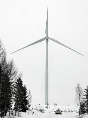 Vindparken utanför Holm beräknas producera tre miljoner kilowattimmar om året.