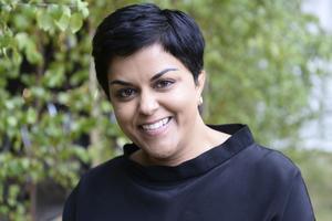 Människorättsjuristen Parul Sharma som ska föreläsa i Avesta. I somras sommarpratade hon i P1.