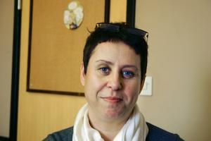 Vård- och omsorgschef Anna-KarinBergstén kan tvingas sluta som chef i Lekebergs kommun. Orsaken är enligt en konsultrapport kommunikationsproblem mellan henne och kommunchef Eva Jonsson.