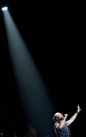 """Peter Jöback försökte täcka in hela sin musikaliska karriär på turnén """"En kväll med Peter Jöback""""."""