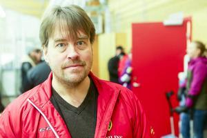 Tränare Tommy Svensson säger nu att han kliver av uppdraget.
