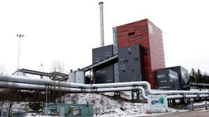 Säkert igen. Efter att ha upptäckt asbest i avfallsbränsle stoppades leveranser till värmeverket. Men någon fara för de anställda ska inte ha funnits, visar nya kontroller.