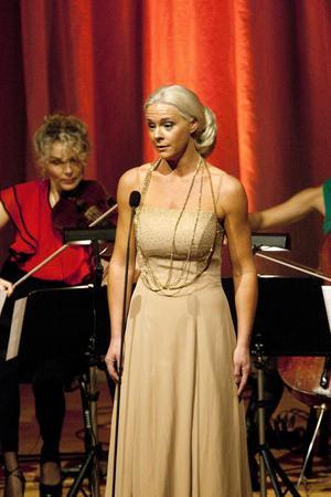 Malena Ernman vid julkonserten 2010.