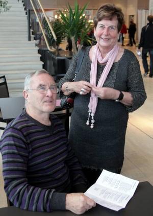 LÄNGTADE. Lennart och Gunbritt Forslöv från Järvsta såg fram emot