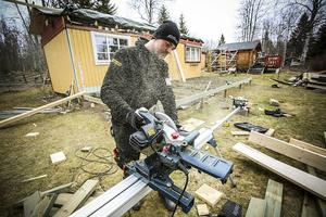 Fredrik Magnusson, Byggkompetens AB, ger tips till dig som ska                   bygga en altan i sommar.