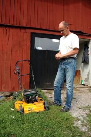 ETANOLEXPERTEN. Peter Hallgren brinner för etanolet som drivmedel. Snart kan han även tanka i Tierps kommun.