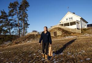 Här i Bjärme i Kovland har Susanne och sambon Jens hittat hem.