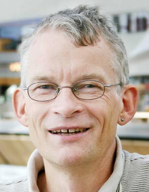 Forskningschef. Professor Svend Erik Mathiassen vill ha 50 miljoner kronor för att fortsätta forska om belastningsskador.