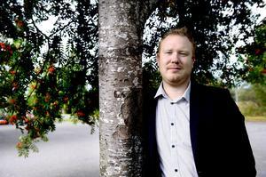 Timråpartiets Robert Thunfors uppger sig inte ha något emot om Tony Andersson (M) kallar honom för populist.
