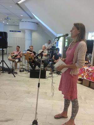 Viveka Sjögren, workshopsledare, författare och illustratör.