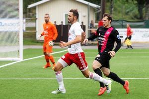 Pelle Lööf frälste sitt Hudiksvalls FF med sitt 2–1-mål i den 86:e minuten. Bara 30 sekunder efter att Timrå kvitterat till 1–1.