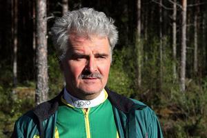 Håkan Juholt, f'låt Tommy Östh, är ordförande i Ljusdals OK.