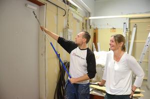Pelle och Ullis Ohlin kommer de närmaste veckorna att måla och inreda den nya butiksdelen.