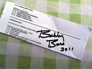 Den borttappade autografen kunde ersättas med en ny.