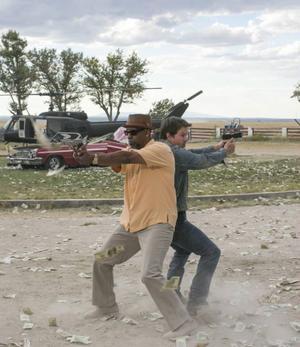 Mark Wahlberg och Denzel Washington blir i