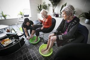 Tidigare i år besökte ÖP Vardagas boende under en spa-dag.