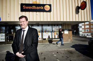 Inga kontanter, men mer rådgivning. Så ska bankkontoret på Alnö förändras från den 20 juni.