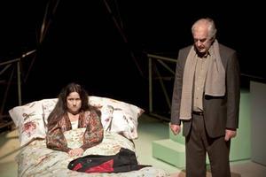 """För skådespelaren Cecilia Milocco var det lätt att tacka ja till huvudrollen som Katitzi på Folkteaterns scen i Göteborg. """"Katitzi fanns med i min barndom och det känns roligt att få återvända till henne. Hon är en nyfiken, egensinnig, känslig och levnadsglad flicka"""", säger hon."""