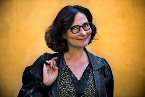Ebba Witt-Brattström, professor i nordisk litteratur, får årets Väckarklocka av Elin Wägner-sällskapet.