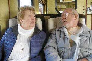 Monica Borgström och Per Finn hade mycket att prata om under resans gång.